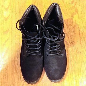 Women's Black Suede Ankle Boots Size 6.5 (US)